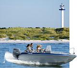 Hier haben sie eine Möglichkeit  Unterhaltung - Action -  auf Bornholm zu finden kommen sie rein:  -  Bådudlejning - Outdoor