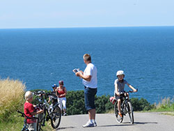 <b>Transport med bus taxi skip og fly </b> - Biking Bornholm
