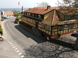 You can experience gastronomic specialities in restaurants, Cafees and Smoked huses on Bornholm!  - Hotel Pepita