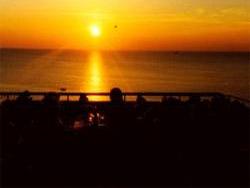 Restaurant, Cafe und Räucherei !     -  Le Port